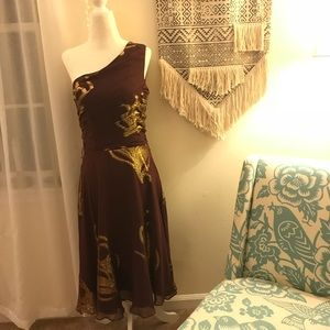 NWT Banana Republic Silk Burgundy & Gold Dress